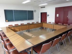 会議室1-2