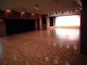 多目的ホール-1
